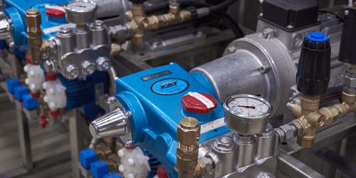 оборудование для мойки самообслуживания насос высокого давления cats pump | Nerta-sw